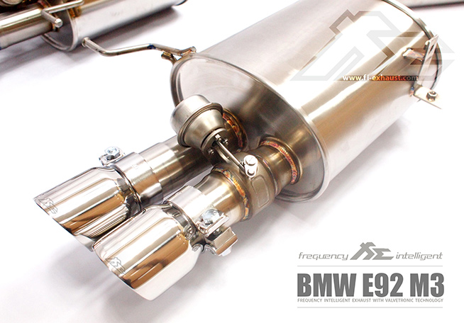 BMW E90 E91 E92 E93 M3 exhaust2